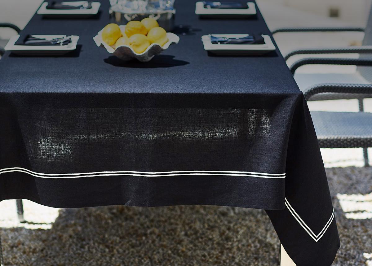 puro lino-bordados-manteleria bordada-las hilanderas